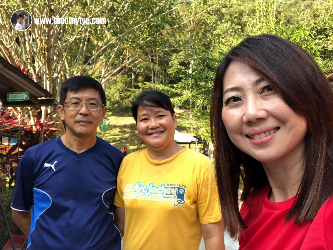 Eunice Ooi with owners of the Gopeng Rainforest Resort