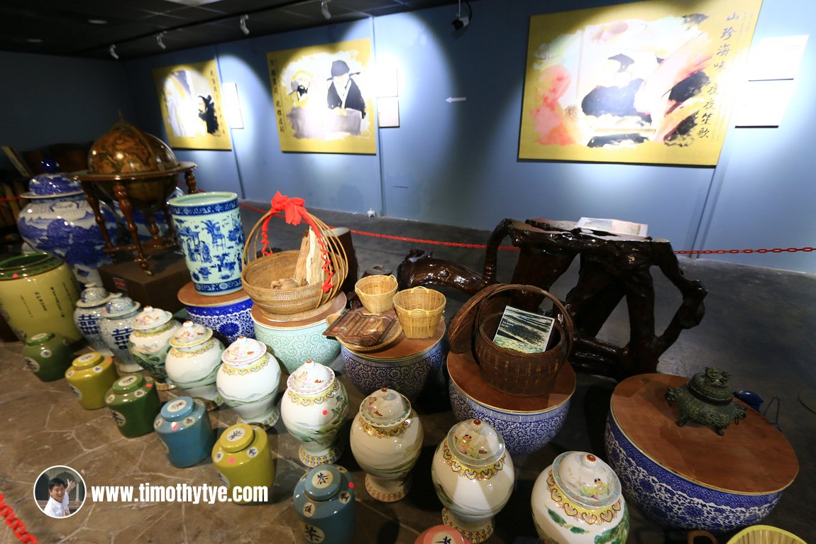 Chinese vases, possibly for sale, at Gaharu Tea Valley Gopeng