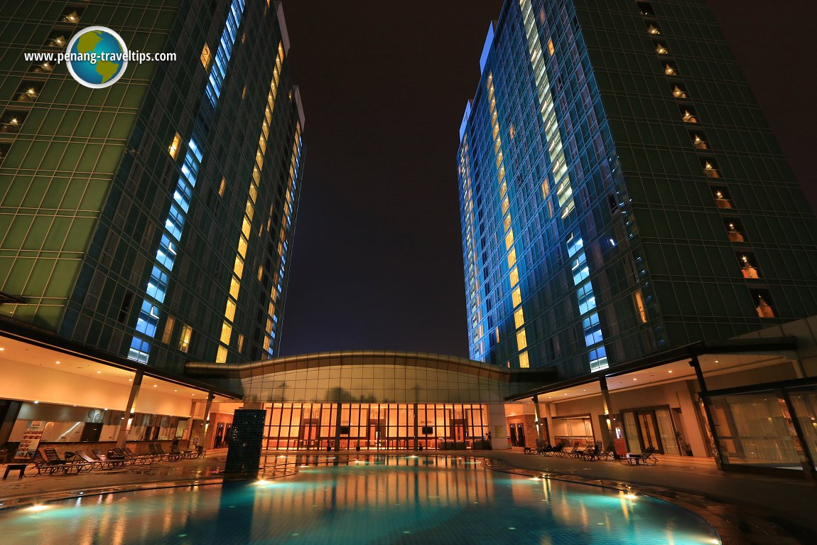 The swimming pool at KSL Resort