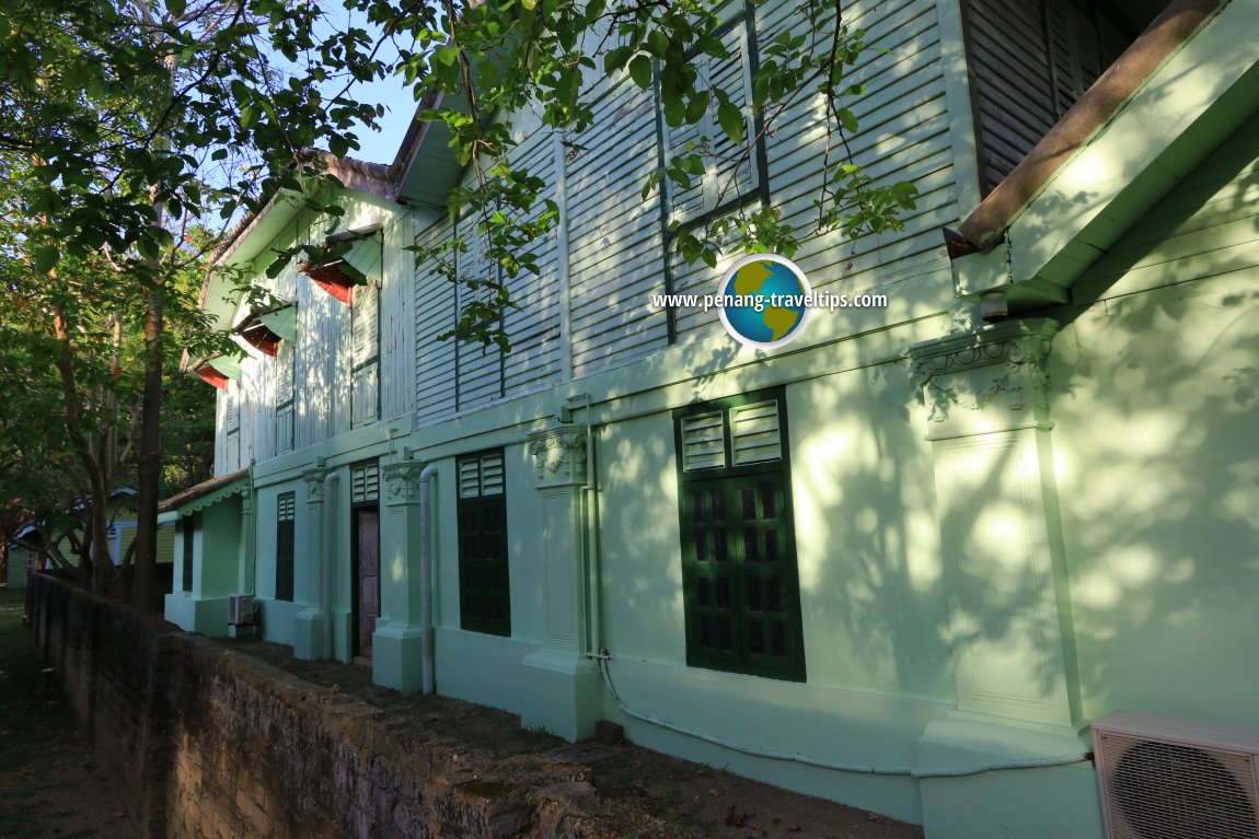 Colonial House, Temple Tree