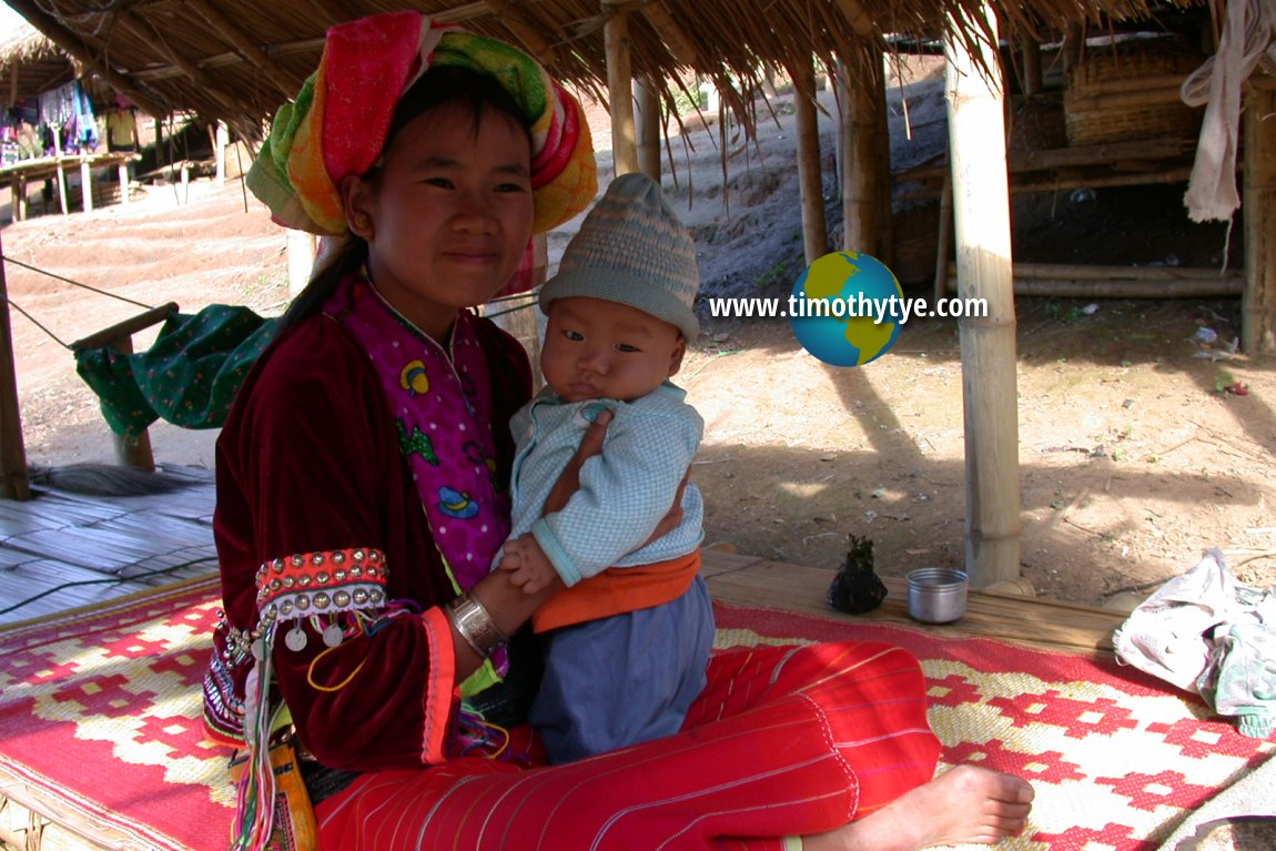 Hilltribe woman with child